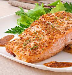 Ингредиенты стейк из кижуча2 шт чеснок2 дольки горчица с зернами2 ч.л. мед1 ч.л. лимон0.25 шт масло оливковое2 ст.л. соль по вкусу Разогрейте духовку до 210 градусов. Противень застелите фол…