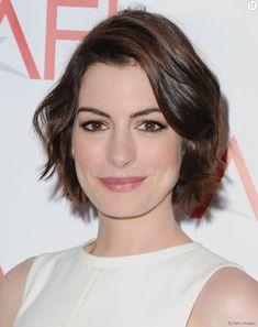La coupe courte d'Anne Hathaway.