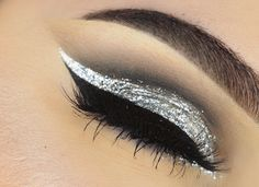 Silver Glitter Cut Crease Makeup Tutorial
