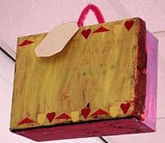 welke koffer knutselen - Google zoeken Fun Crafts For Kids, Diy And Crafts, Paper Shopping Bag, Recycling, Presents, Camping, School, Strand, Google