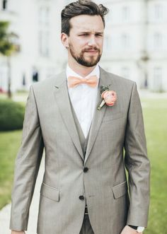 Peach and grey suit ideas. Summer wedding suit ideas grooms #groom #suit