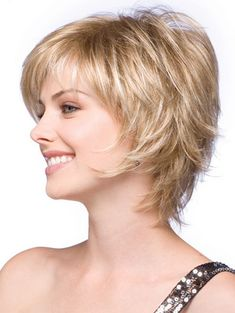 wispy short bob haircuts for fine hair Short Shag Hairstyles, Bob Hairstyles For Fine Hair, Short Bob Haircuts, Feathered Hairstyles, Short Hairstyles For Women, Cool Hairstyles, Layered Hairstyles, Trending Hairstyles, Hairstyles 2016