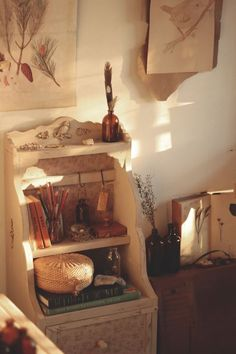 Want To Learn Woodworking? Room Ideas Bedroom, Dream Bedroom, Bedroom Decor, Casa Retro, Cottage In The Woods, Aesthetic Room Decor, New Room, Room Inspiration, Decoration