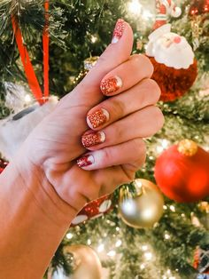 Color Street Nails. Christmas Nail Art. Home For the Holidays #teamstreetstyle