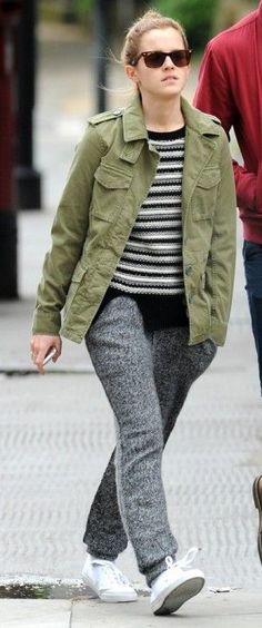 a311873627 Emma Watson wearing Ray-Ban 2140 Original Wayfarer Sunglasses in Light  Tortoise