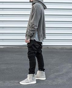 dd1827ae433 Streetwear    posted daily instagram.com threadsnation Yeezy 750