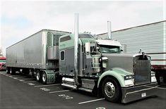 Millions of Semi Trucks Big Rig Trucks, Tow Truck, Semi Trucks, Cool Trucks, Peterbilt 379, Peterbilt Trucks, Trailers, Freight Truck, Heavy Construction Equipment