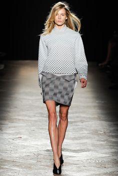Marco de Vincenzo Spring 2014 Ready-to-Wear Fashion Show