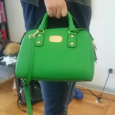 MK BAG almost new, only used twice Michael Kors Bags