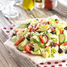 Greek Party Salad review: easy to make, and very flavorful!