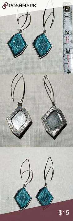 Turquoise colored wire drop earrings Silver tone with teal/Turquoise color. Jewelry Earrings