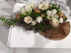 Moniek Vanden Berghe Funeral Flowers, Wedding Flowers, Flower Decorations, Wedding Decorations, White Floral Arrangements, Bouquet, Floral Photography, How To Preserve Flowers, Leaf Flowers