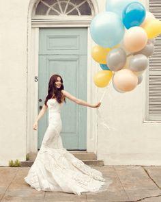 balloons provide fabulous wedding props