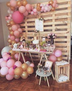 Chá de cozinha! Decor Reposted from @eliprestes.decoracaoefestas -  Chá da Aline! Decoração linda em tons de rosa e dourado  #chadecozinha… Balloon Garland, Balloon Decorations, Birthday Decorations, Balloons, Baby Girl Shower Themes, Girl Baby Shower Decorations, Pink Gold Party, Wild One Birthday Party, Baby Shower Winter