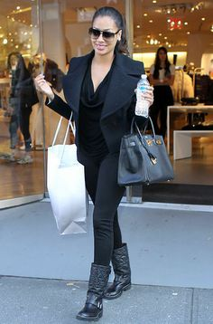 lala anthony-all black everything Petite Outfits, Stylish Outfits, Late Summer Outfits, Celebrity Style Inspiration, Celebrity Outfits, Love Her Style, Casual Chic Style, Street Style Women, Street Styles