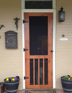 Wooden Screen Door Hardware 32 Ideas For 2019 Craftsman Decor, Craftsman Exterior, Craftsman Bungalows, Exterior Doors, Craftsman Style Porch, Craftsman Cottage, Wooden Screen Door, Diy Screen Door, Screen Doors