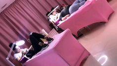 #husa #husapatcosmetic #accessories #rosu #negru #roz Husa Pat Cosmetic negru, rosu, roz  Materialul Lycra din care sunt fabricate husele de pat este unul de calitate, se multeaza perfect pe pat si picioarele acestuia  Se poate spala spala la masina, dar nu la o temperatura ridicata pentru a evita micsorarea acesteia. Nu trebuie calcata. Husa are locasuri special concepute pentru fixarea fiecarui picior al patului, evitand astfel deplasarea sau deranjarea acesteia.  Husa se poate utiliza in salo Baby Car Seats, Baby Strollers, Children, Accessories, Baby Prams, Young Children, Boys, Kids, Prams