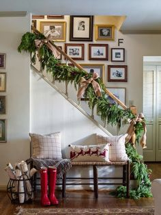 Christmas Staircase Decorating with Garland
