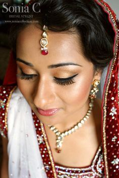 indian bridal makeup by Sonia C, Bridal Stylist, Indian Inspired Fashion, Asian Inspired Wedding, South Asian Wedding, Asian Bridal Hair, Indian Bridal Makeup, Beautiful Indian Brides, Wedding Eye Makeup, Arabic Makeup, Indian Necklace