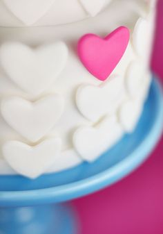 cake with hearts by bakerella