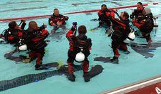 Czy warto prowadzić kurs Open Water Diver w suchym skafandrze? W wielu krajach, o podobnych do polskich warunkach pogodowych kursy podstawowe w suchym skafandrze są standardem od lat. W większości krajów skandynawskich oraz w coraz większej liczbie niemieckich szkół nurkowych … Continue reading →