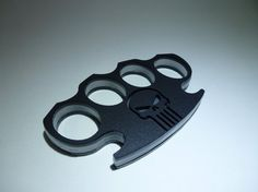 Black Skull. Acrylic Plastic Knuckle Duster. by TrinketPlace