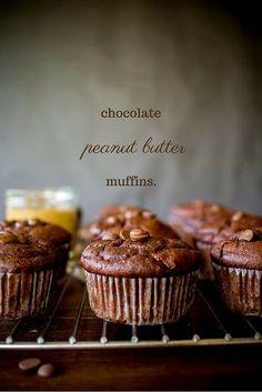 Chocolate and peanut butter muffins (no sugar) Peanut Butter Muffins, Chocolate Peanut Butter, Cake Cookies, Cupcake Cakes, Cupcakes, Greek Christmas, Greek Recipes, Stevia, Sugar Free