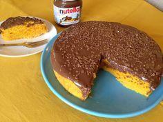 Bolo de Cenoura Côco e Nutella - http://www.sobremesasdeportugal.pt/bolo-de-cenoura-coco-e-nutella/
