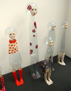 """Jin Young Yu art sculptures are about the """"invisible people."""" She wanted to talk about the stories of the people with transparent existence. Contemporary Artists, Modern Art, London Art Fair, Soft Sculpture, Art Sculptures, Korean Artist, People Art, Oeuvre D'art, Drawing"""
