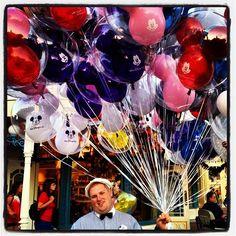 Balloons make everyone happy. #balloons #mainstreetusa #magickingdom #disney #waltdisneyworld #visitkiss