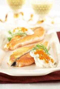 Lohimedaljongit ja mätikastike | K-ruoka #joulu