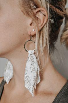 Textile Jewelry, Fabric Jewelry, Wire Jewelry, Boho Jewelry, Jewelry Crafts, Jewlery, Diy Earrings Easy, Earrings Handmade, Diy Boho Earrings