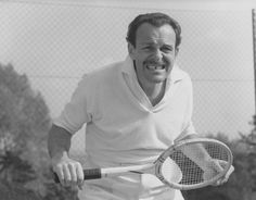 School for Scoundrels - Actor Terry Thomas as Raymond Delauney. Comedy Actors, Actors & Actresses, Arnold Bodybuilding, Terry Thomas, Tennis, Old Hollywood Stars, British Comedy, Movies Playing, Old Tv
