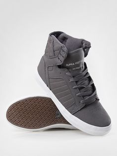 Supra Sneakers, Supra Shoes, High Top Sneakers, Baskets For Men, What Makes A Man, Men's Footwear, Kinds Of Shoes, Cool, Men's Clothing