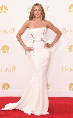 Sofia Vergara wows in this white Roberto Cavalli stunner!