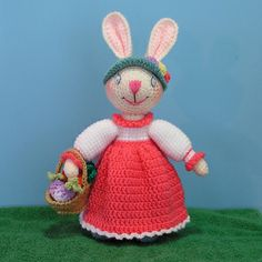 Bunny Rabbit free crochet pattern by Sue Pendleton