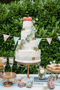 Peach and Teal Vintage Book Themed Wedding Inspiration (16)