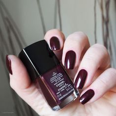 1000 images about chanel nagellack nailpolish swatches on pinterest chanel chanel swatch. Black Bedroom Furniture Sets. Home Design Ideas