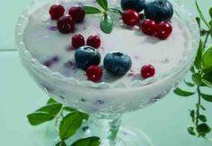 Jogurtti-tattarihyytelö Panna Cotta, Pudding, Ethnic Recipes, Desserts, Food, Tailgate Desserts, Dulce De Leche, Deserts, Custard Pudding
