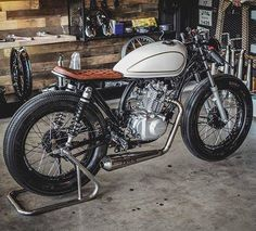 #Suzuki brat cafe. Tag a friend who…  Cafe Racer. - Follow Us  to see Top Cafe Racer  @caferacermotorcycles  @caferacer_passion  @caferaceroftheday ================================ Want a shoutout? TAG ALL   #caferacermotorcycles  #caferacer_passion  #caferaceroftheday ================================  @bratcafe  @bratcafe @zeuscustomkhonkaen