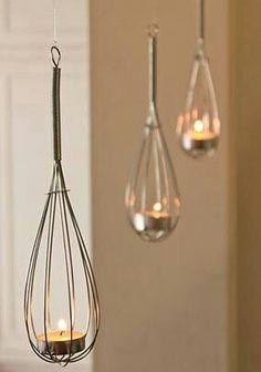 Porta lumini con fruste da cucina