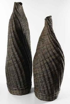 Contemporary Basketry: Materials/Willow