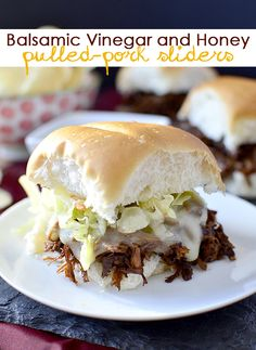 Recipe for the Big Game: Balsamic Vinegar and Honey Pulled-Pork Sliders Pork Recipes, Wine Recipes, Crockpot Recipes, Cooking Recipes, Healthy Recipes, Sandwich Recipes, I Love Food, Good Food, Pulled Pork Sliders