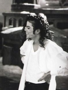 He's so beautiful ♡♡♡ Michael Jackson Behind the scenes Black or White Black and White smile cute