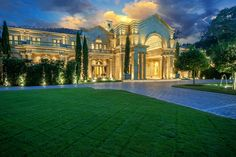 The Neoclassical Houston Estate for sale - via www.themilliardaire.co