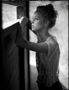 Jan Scholz, one of my most inspiring photographers. Amazing use of window light and phenom posing.
