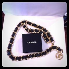 Authentic vintage Chanel Leather & Chain belt Vintage Chanel leather and chain belt. As seen on Vogue cover. Discounts does not apply on this item. Fashion Outfits, Fashion Ideas, Fashion Tips, Fashion Design, Fashion Trends, Vogue Covers, Chain Belts, Leather Chain, Vintage Chanel
