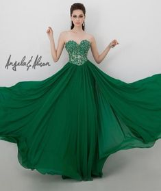 Bright green flowy dress: http://www.quinceanera.com/decorations-themes/mardi-gras-quinceanera/?utm_source=pinterest&utm_medium=article&utm_campaign=502-mardi-gras-theme