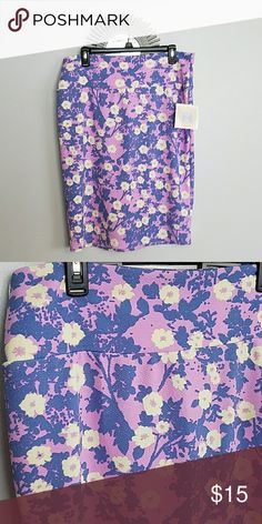LulaRoe Cassie Pencil Skirt XL BNWT Soft, stretchy material. Beautiful lavender background with blue foliage and yellow flowers. LuLaRoe Skirts Pencil