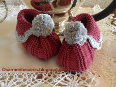 BABY BOOTIES. PATUCOS BEBE. ( dos agujas). KNITTED TUTORIAL Baby Knitting Patterns, Baby Hats Knitting, Knitting For Kids, Baby Patterns, Booties Crochet, Crochet Baby Booties, Crochet Hats, Doll Shoes, Handicraft